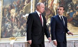 Russian President Vladimir Putin and Emmanuel Macron.