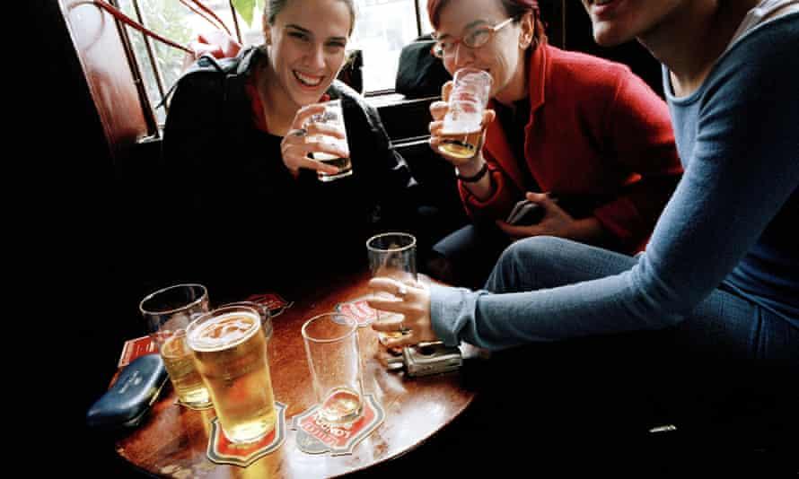 Pub. London. England<br>