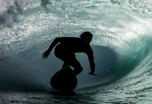 Harry Bryant surfing