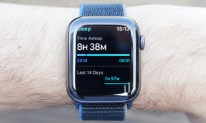 A photograph showing the sleep tracking feature on the Apple Watch. The sleep tracking feature only records the time you were asleep.