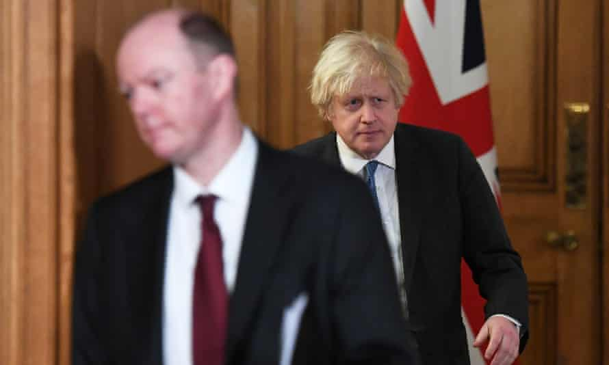 Chris Whitty, at a No 10 briefing with Boris Johnson, has not publicly endorsed a full reopening of schools on 8 March.