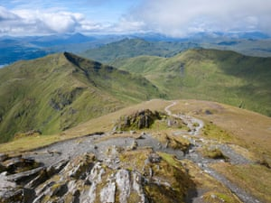 The view south west from Ben Lawers summit, showing Beinn Ghlas, Meall Corranaich and Meall nan Tarmachan.