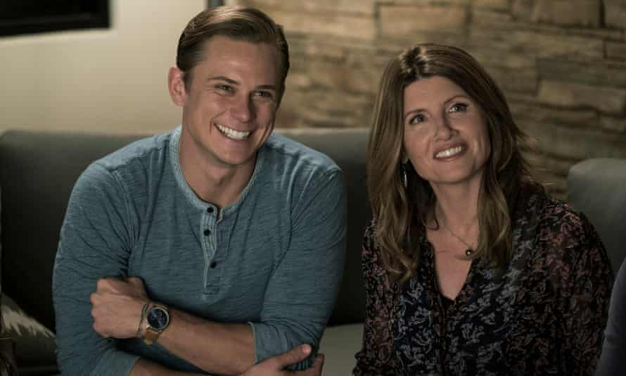 Billy Magnussen and Sharon Horgan in Game Night
