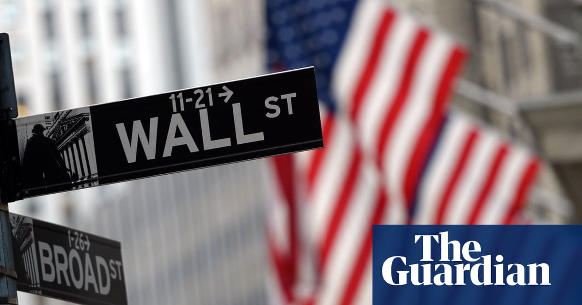 Wall Street hits new highs after Fed extends stimulus package