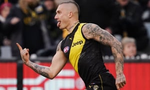 Dustin Martin celebrates a goal at the MCG.