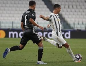 Ronaldo fires in Juventus' second.