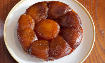 For the tarte tatin eight caramelised apples encircle one in the centre