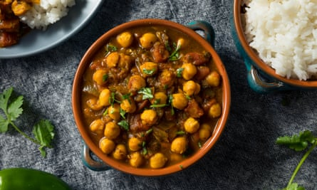 Chickpeas and curries … made for each other.