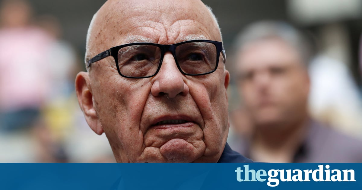 Rupert Murdoch says his newspapers are struggling in digital age