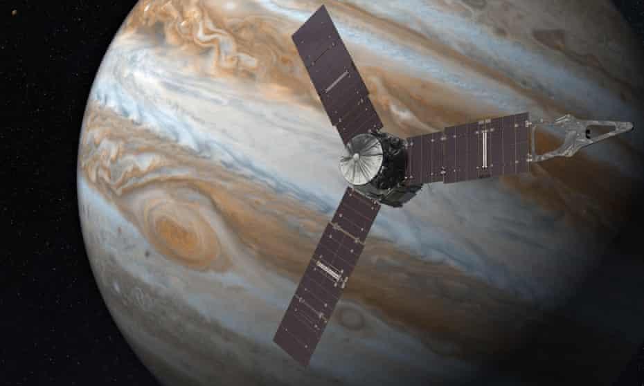 Artist's impression of the Juno spacecraft and Jupiter