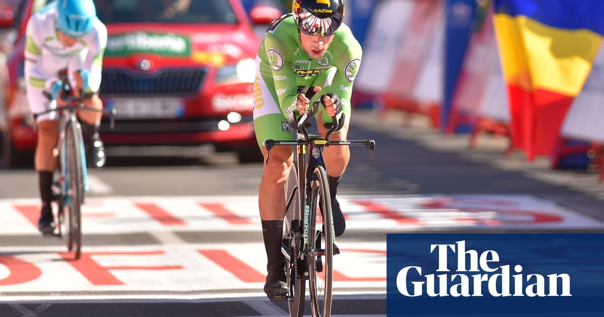 Vuelta a España: Primoz Roglic powers to time-trial win and red jersey
