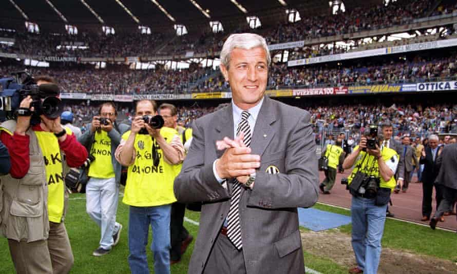 Lippi smiles for the cameras on the last day of the 1994-95 season.