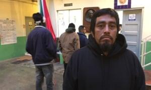 Paulino Hernandez,一名无证件的墨西哥移民,在蒂华纳的一个移民避难所。