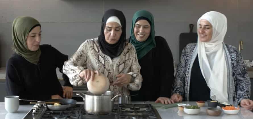 The Shahrouk sisters preparing a fattah together.