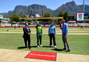 South Africa win the toss and will bowl first.