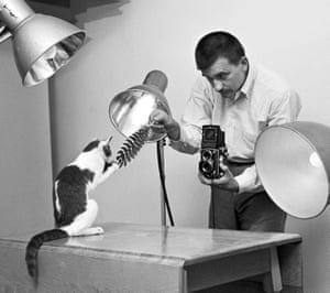 An early photoshoot between photographer and subject, taken in Chandoha's Long Island homestudio in 1955.