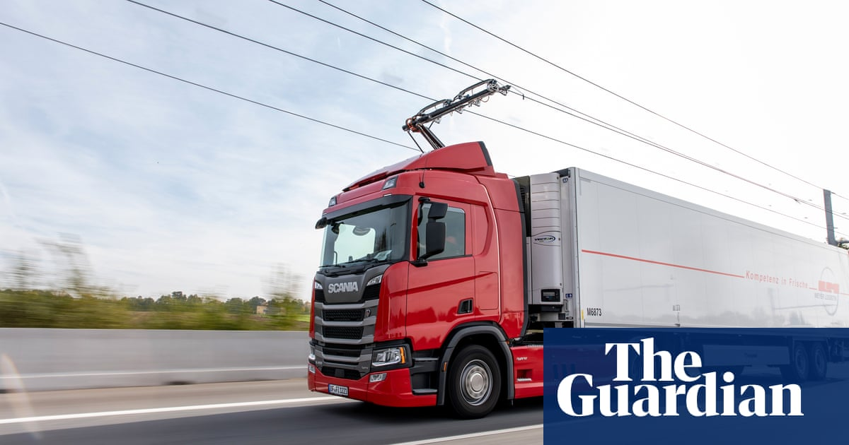 UK government backs scheme for motorway cables to power lorries