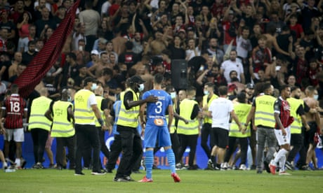 French football Ligue 1 match OGC Nice (OGCN) vs Olympique de Marseille (OM), Nice, France - 22 Aug 2021<br>Mandatory Credit: Photo by DPPI/Jean Catuffe/LiveMedia/REX/Shutterstock (12356431q) Incidents between players of Marseille - among them Alvaro Gonzalez of OM - and supporters of OGC Nice who entered the pitch French football Ligue 1 match OGC Nice (OGCN) vs Olympique de Marseille (OM), Nice, France - 22 Aug 2021