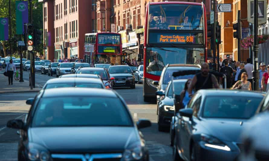 Queuing traffic in London