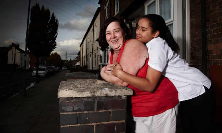 Dee and Caitlin Kelly on Benefits Street