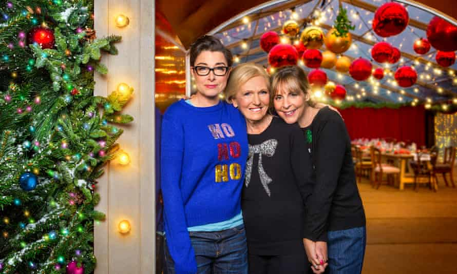 WARNING: Embargoed for publication until 00:00:01 on 28/11/2017 - Programme Name: Mary, Mel and Sue's Big Christmas Thank You - TX: n/a - Episode: Mary, Mel and Sue's Surprise Party - Teaser (No. n/a) - Picture Shows: *STRICTLY NOT FOR PUBLICATION UNTIL 00:01HRS, TUESDAY 28TH NOVEMBER, 2017* Sue Perkins, Mary Berry, Mel Giedroyc - (C) BBC Studios - Photographer: Emilie Sandy