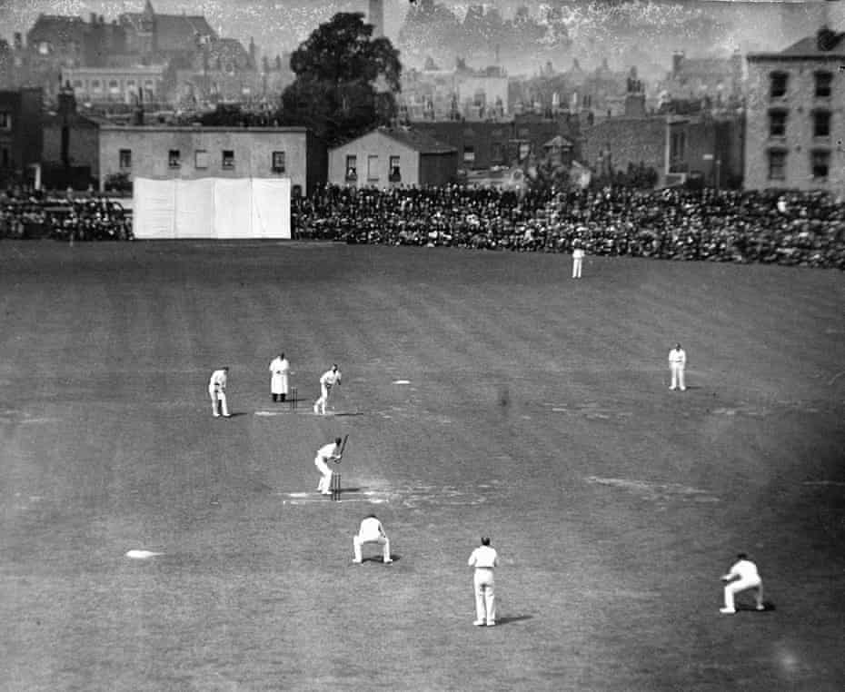 Australian batsman Victor Trumper faces the bowling of England's WH Lockwood during the 5th Test match between England and Australia at the Oval, August 11th 1902. England won by 1 wicket. This match is often referred to as Jessop's match.