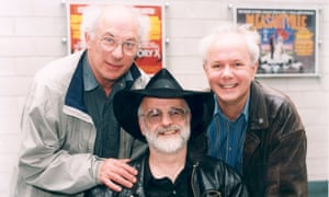 Jack Cohen, left, with Terry Pratchett, centre, and Ian Stewart at a book signing in Warwick.