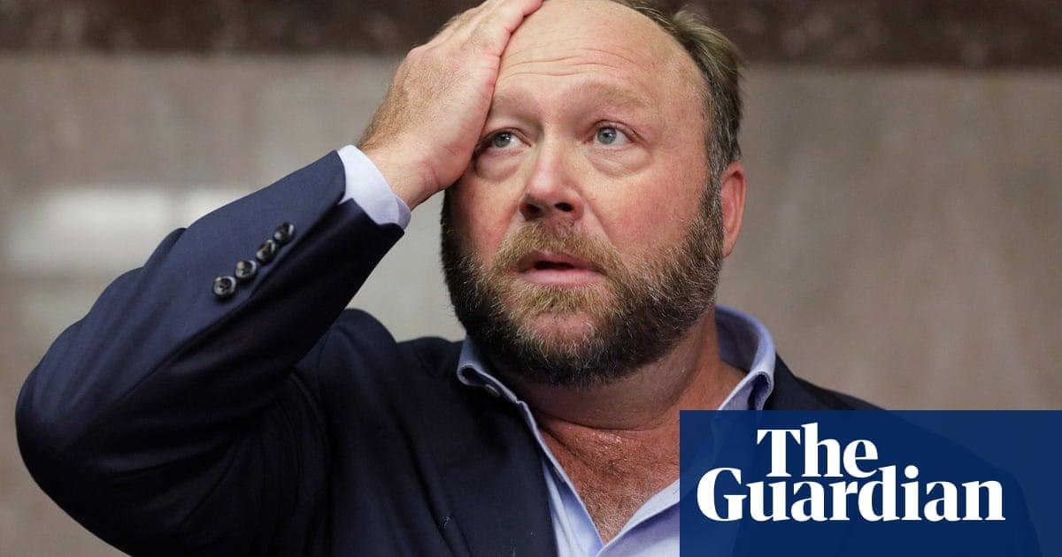 Twitter permanently bans conspiracy theorist Alex Jones