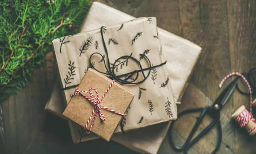 Recycled gift wrap to make at the National Botanic Garden of Wales