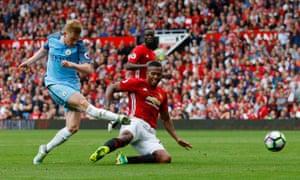 Manchester City's Kevin De Bruyne fires a shot goalwards.