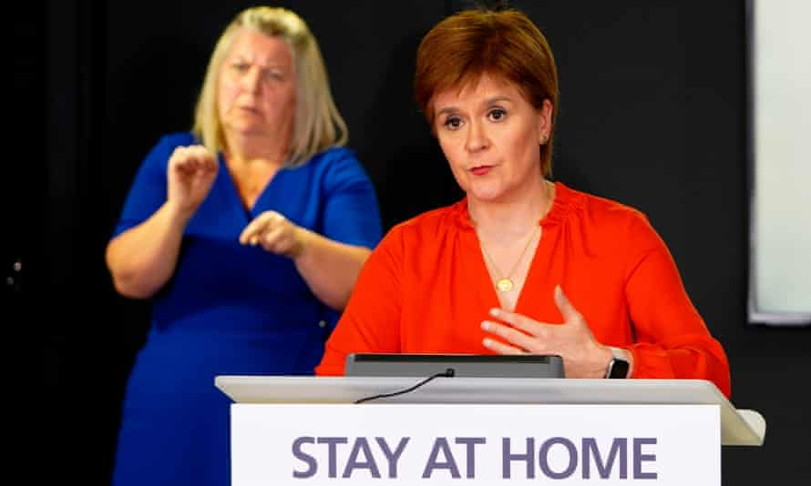 Nicola Sturgeon speaking at a daily coronavirus briefing
