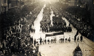 The first large Czech citizens march of independence after the collapse of the Austro-Hungarian empire, Wenceslas Square , Prague.