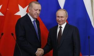 The president of Turkey, Recep Tayyip Erdoğan, and the Russian president, Vladimir Putin, at the Kremlin.