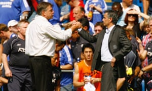 José Mourinho shakes hands with Allardyce back in 2007.