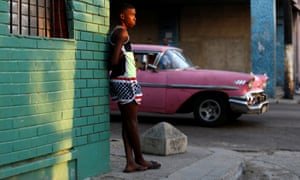 Donald Trump has threatened to undo efforts by Barack Obama to normalise diplomatic relations between Cuba and the US.