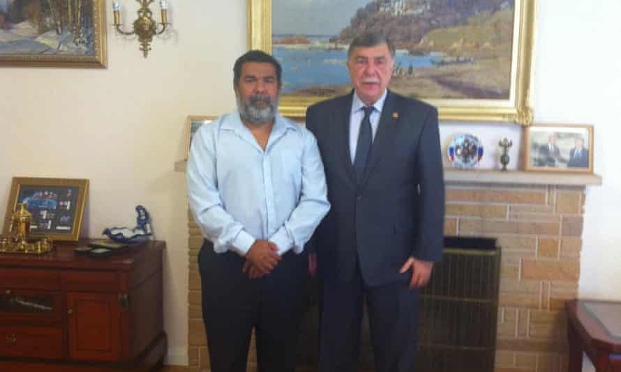 Murrumu Walubara meeting the Russian ambassador to Australia, Vladimir Morozov