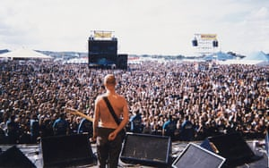 Moby on stage at Reading Festival, 1996