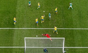 Wes Hoolahan, top right, puts the Republic of Ireland 1-0 up against Sweden