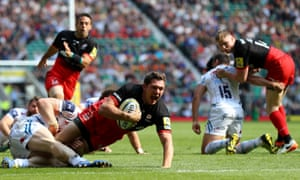 Alex Goode of Saracens dives over to score the match-clinching try against Exeter Chiefs in the Premiership final at Twickenham