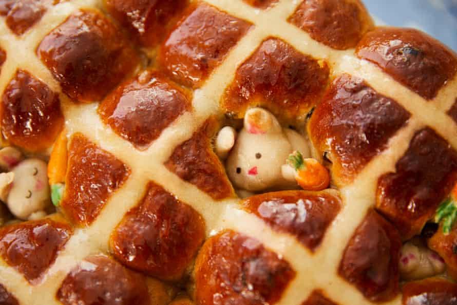 Kim-Joy's hot cross buns with hidden bunnies.