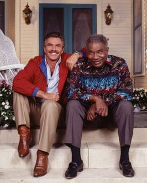 Burt Reynolds and Ossie Davis in Evening Shade, 1991.