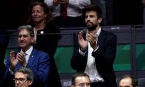 Gerard Piqué, the Barcelona footballer (right), has plans for the future of the Davis Cup.