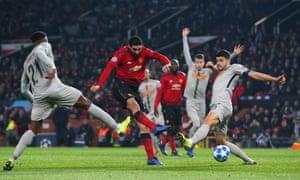 Marouane Fellaini of Manchester United scores the opening goal.