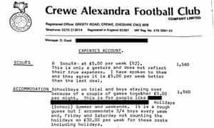 Barry Bennell's expenses show he claimed £5 per boy to accommodate them at his house.