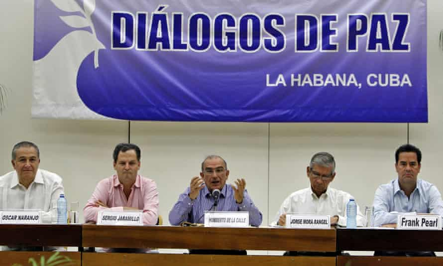 The Colombian government signs the peace accord with the Farc.