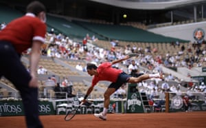 Federer returns to Cilic