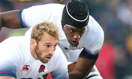 Chris Robshaw (left), the former England captain, had his eyes opened when he watched a TV programme featuring his former teammate Maro Itoje.