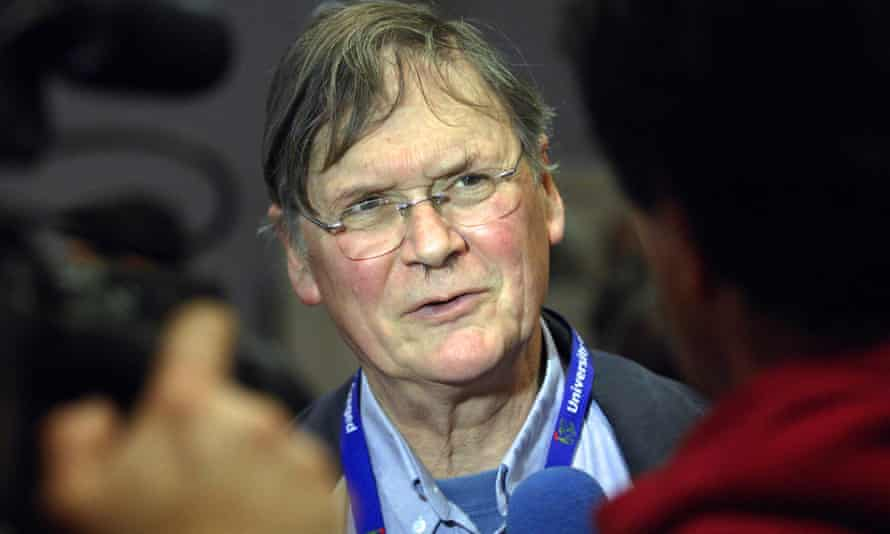 Tim Hunt told the BBC he was sorry for causing offence, but went on to say he was being honest.