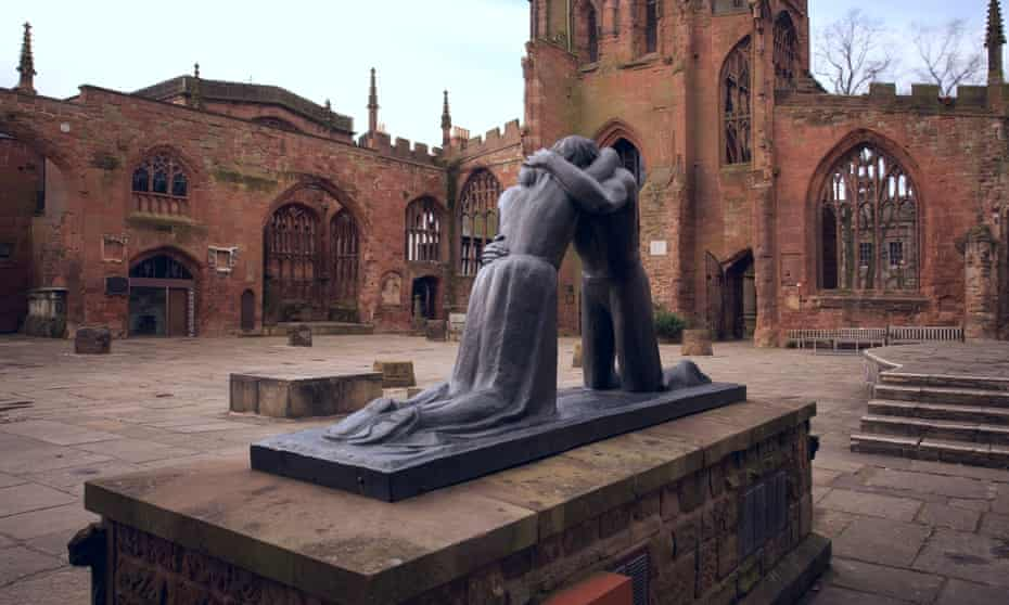 Reconciliation by Josefina de Vasconcellos in the ruins of Coventry cathedral.