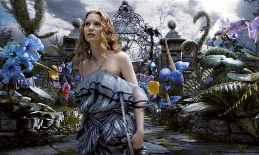 Mia Wasikowska Alice in Wonderland